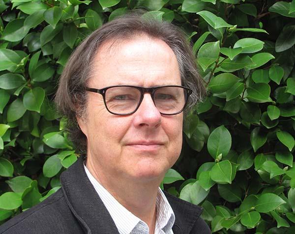 John Taylor, écrivain, traducteur et critique français américain